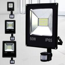 LED Fluter mit Bewegungsmelder Scheinwerfer Strahler Flutlicht Spot 10W -50W