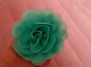 Grande Pince À Cheveux Fleur Tissu Bleu Very