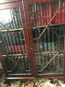 Encyclopaedia Britannica 15th Edition - Like New. Full Set. Never Used.
