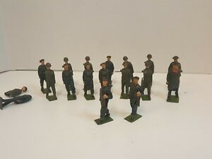 Lot 18 VTG Lead Metal Tin Figures Soldiers Barclay Manoil Britains England USA