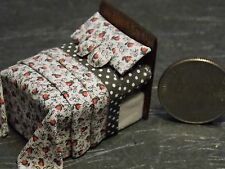 Dollhouse Miniature Bed Red Black 1:48 Quarter inch scale 1/4 F53 Dollys Gallery