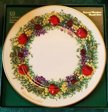 10.75 In. / 27 cm. Dia. Lenox 1983 Maryland Colonial Christmas Wreath Plate