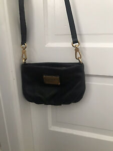 Women's Marc By Marc Jacobs leather small crossbody shoulder bag/ Clutch