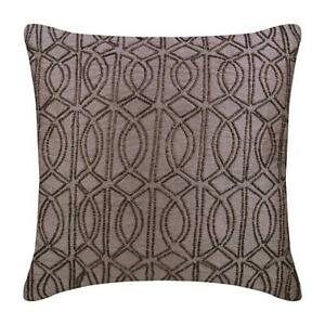 Pillow Cover Decorative 22x22 inch Purple Silk, Trellis - The Class Effect