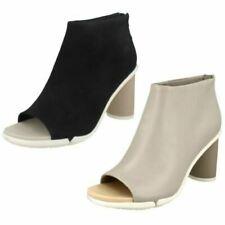 Bottes et bottines ouverts cuir pour femme