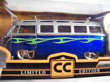 Jada ~ Collector's Club ~ 1962 Volkswagen Bus ~1:24  LE