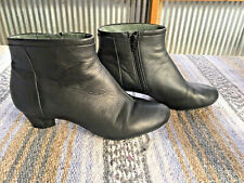 Camper Black Leather Ankle boots Women's side Zipper Size 40