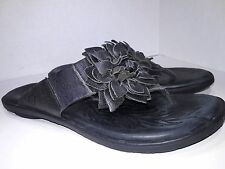 Born Astrid Black Leather Flower Thong Sandals Womens Size 9 EU 40.5