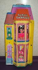 RARE Vintage Flatsy Doll TOWNHOUSE house GUC & Dolls