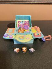Littlest Pet Shop Teeniest Tiniest Mini Playset Cat Kitten W/ 3 Figures
