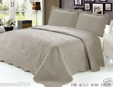 Quilt Queen Size 3 pc Embroidered Bed Set / Bedspread, Taupe Floral