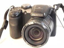Fujifilm FinePix S 4600, 16 megapixel fotocamera bridge-ottime condizioni