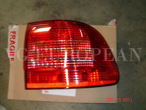 Porsche Cayenne Genuine Right Tail Light,Rear Lamp w/bulb Holder 2003-2006 NEW!!