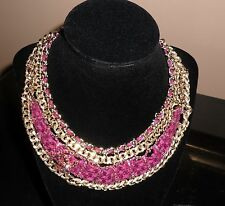 Chanel gold metal necklace fucshia tweed strass crystal CC logo New with tags