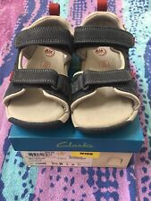 372b7cac37f Clarks boys Jolly Wild Jnr Navy Leather casual velcro Strap Sandals UK Wide  9G