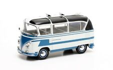 1:43 Scale Matrix MX42105-022 1963 Auwärter VW T1 Carlux Bus - Blue & White