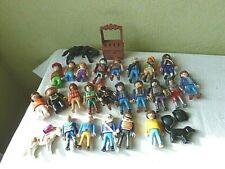 Lot Playmobil 28 Personnages 2 Chevaux 1 Chien