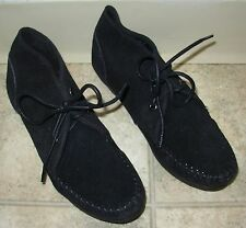 NEW NWOT Minnetonka Moccasin Black Ankle Boot Wedge Suede Women's SZ 6