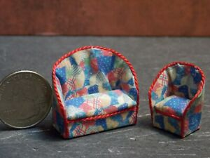 Dollhouse Miniature Sofa & Chair Red Blue 1:48 Quarter Scale Y12 Dollys Gallery
