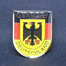 Berlin Souvenir memorabilia 'Deutschland' Pin Germany Flag accessory, PB003