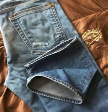 Superb Paul Smith StraIght Fit Light Wash Denim Jeans. 32W x 34L. (T989)