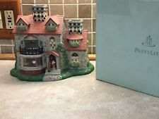 Partylite_Bristol House Retired_P7322 Olde World Village Tealight House