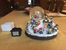 Danbury Mint Ultimate Peanuts Snow Globe