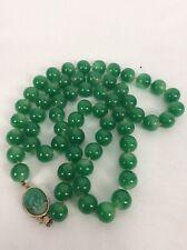 Stunning Veg Green Peking Glass Faux Jade Gold Tone necklace