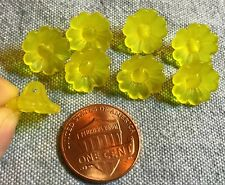 "8 Small Bright Yellow Flower Floral Plastic Shank Buttons Almost 1/2"" 12mm 8690"