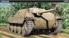 Academy Model kit 1/35 Jagdpanzer 38(t) Hetzer (Early Version)
