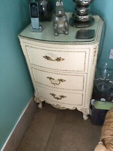 Harrods Cream Louis Olympus French Style Chest Of Drawers X 2.