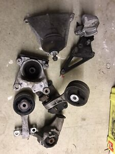 HONDA CIVIC TYPE R FN2 07-11 Engine And gearbox Mounts - 74k