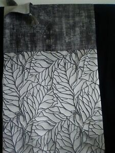 """Grey distressed and leaf designer throw and 16""""x16""""square cushion set"""