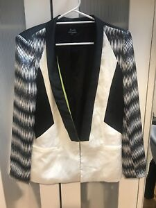 Women's Bardot Jacket With Pattern Sleeve S14 Excellent Cond. Like new Free Post