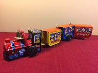 Vintage  Western  Express Tin Windup Toy Train Made In Japan