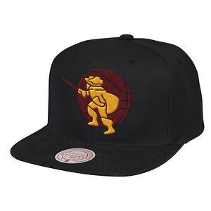 Cleveland Cavaliers Mitchell & Ness LOGO REMIX Snapback Adjustable NBA Hat-Black