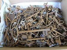 Konvolut alte Schlüssel und Zubehör