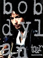 BOB DYLAN 1992 NEVERENDING TOUR CONCERT PROGRAM BOOK BOOKLET / NMT 2 MINT
