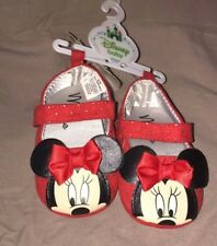 chaussures neuves disney store minnie   rouge   taille 6-9 mois