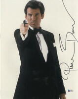 PIERCE BROSNAN JAMES BOND 007 SIGNED 11X14 PHOTO AUTHENTIC AUTOGRAPH BECKETT P