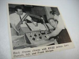 BUCK OWENS w/ KUZZ djs Larry Daniels & Frank Morgan 1966 music biz promo pic/txt
