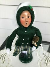Byers Choice Caroler Christmas Cries of London 1995 Girl in green with her doll