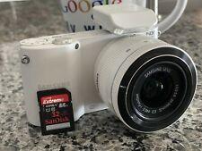 Samsung NX NX1000 20.3MP Digital Camera - White (Kit w/ ED 20-50mm Lens)...