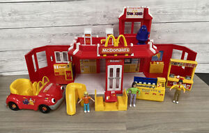 McDonald's Drive Thru Restaurant Play Set With Accessories 2003 Retro Rare Toy
