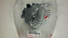 TOYOTA OEM 8121142061 4Runner Avalon Fog Light Lamp RIght RH 81211-42061