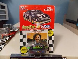 RACING CHAMPIONS KYLE PETTY COLLECTOR RACE CAR