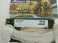 HO scale Athearn  Tractor and 40 '  Trailer   Burlington