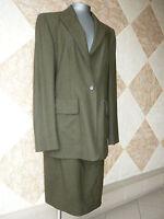 """Tailleur   CELINE     Couleur    """"Vert Olive""""    T.42"""