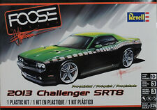 2013 DODGE CHALLENGER SRT8 FOOSE DESIGN REVELL 1:25 SCALE PLASTIC MODEL CAR KIT