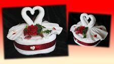 Handtuchtorte Geschenk Geldgeschenk Handtuch-Set Hochzeit Herz Schwäne rot weiß